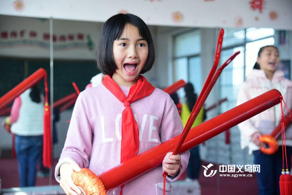 【11:11义乌一刻】畈田朱小学刘艳丽:让道情在孩子们手上传承下去