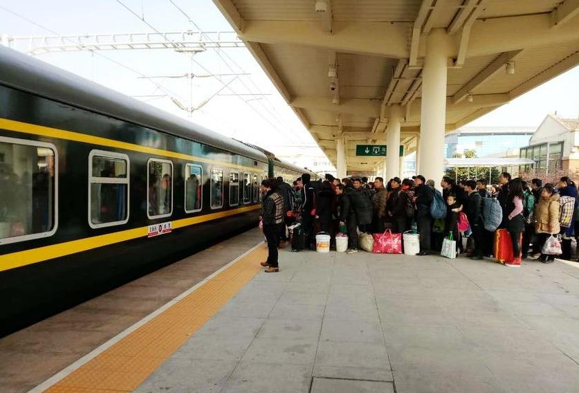 义乌站春运日发送旅客首次突破四万人