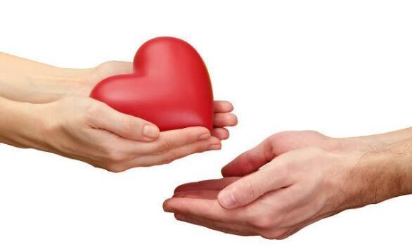 义乌一企业家将退休金捐给困难户 这些年捐款捐物超600万元
