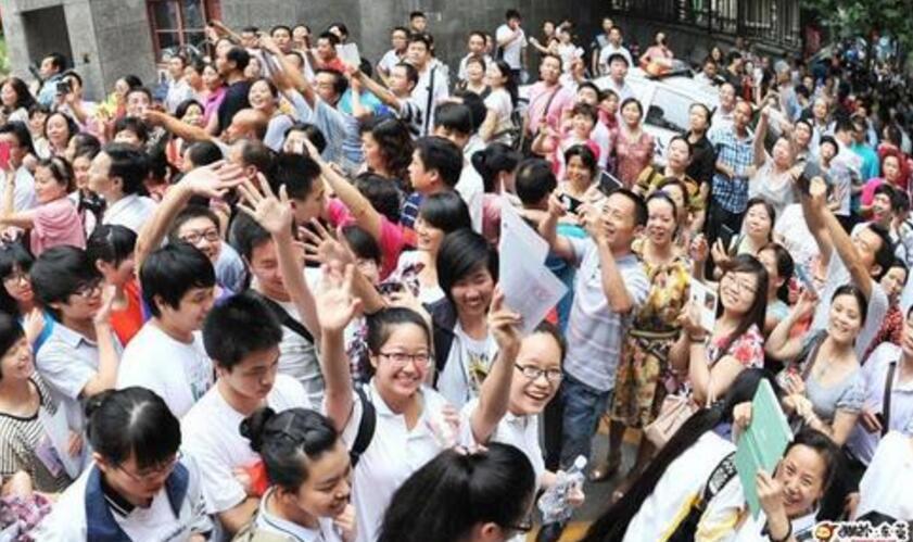"""""""新高考""""人民日报探访浙沪两地试点关键时刻"""
