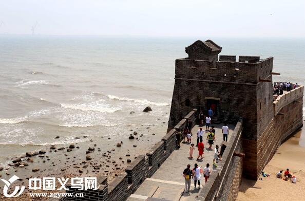 """400年前的义乌人在海中筑起了万里长城的""""龙头"""""""