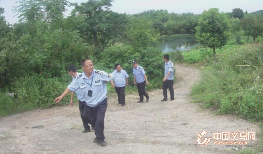 """【十八力】38℃下的极限5小时 义乌警民合力从死神手中""""拽""""回了他"""