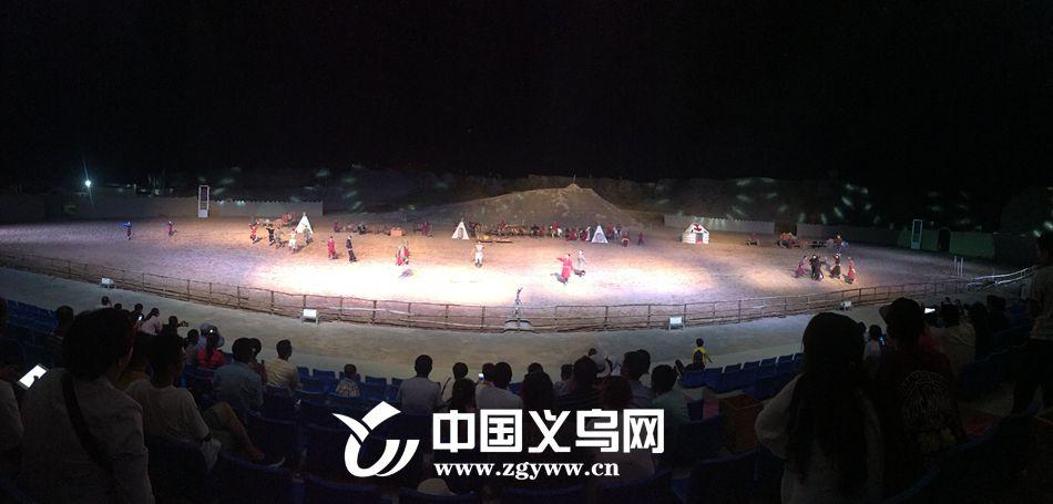 中国首部大型实景马战史诗剧《北疆天歌》水洞沟景区上演