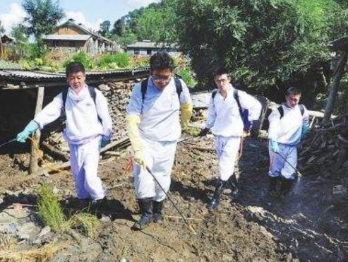 疾控专家提醒:洪涝过后,注重除害消杀工作
