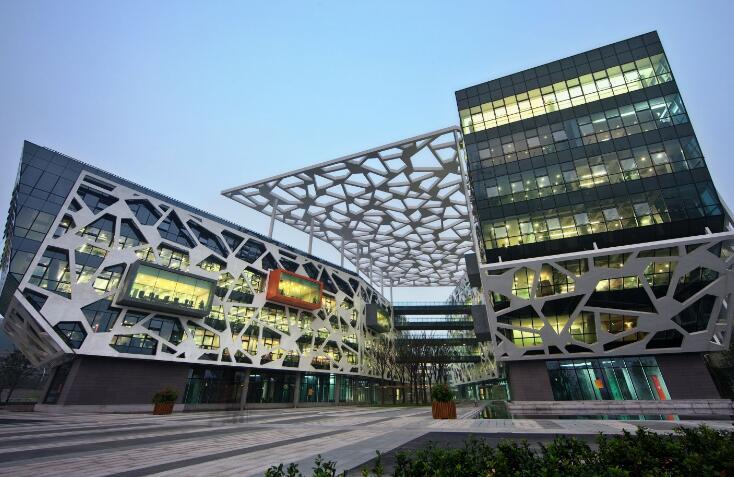 18岁的阿里巴巴本周五开年会 数万名员工正在来杭州的路上