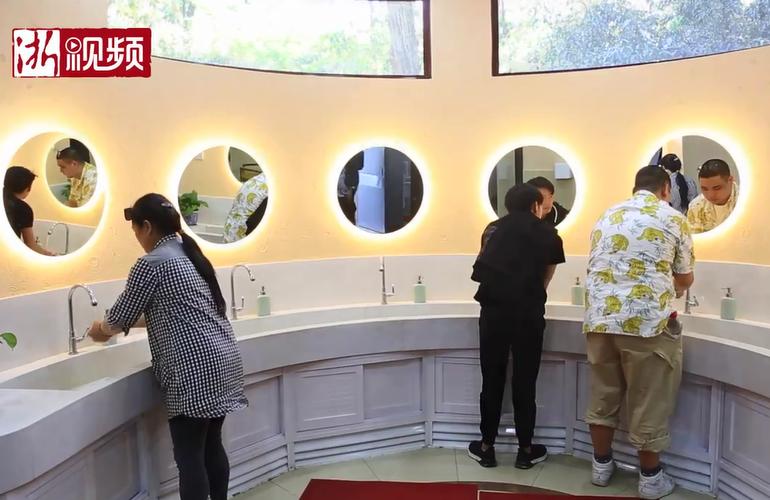 """杭州灵隐景区试点""""刷脸""""上厕所 游客坦言特别有感觉"""
