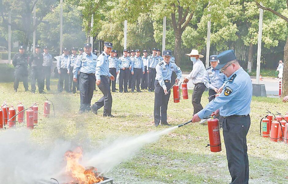义乌:消防演练保平安