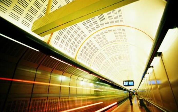 抢占公共交通支付场景 腾讯与上海地铁达成战略合作