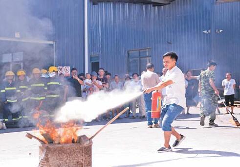 义乌企业组织消防演练