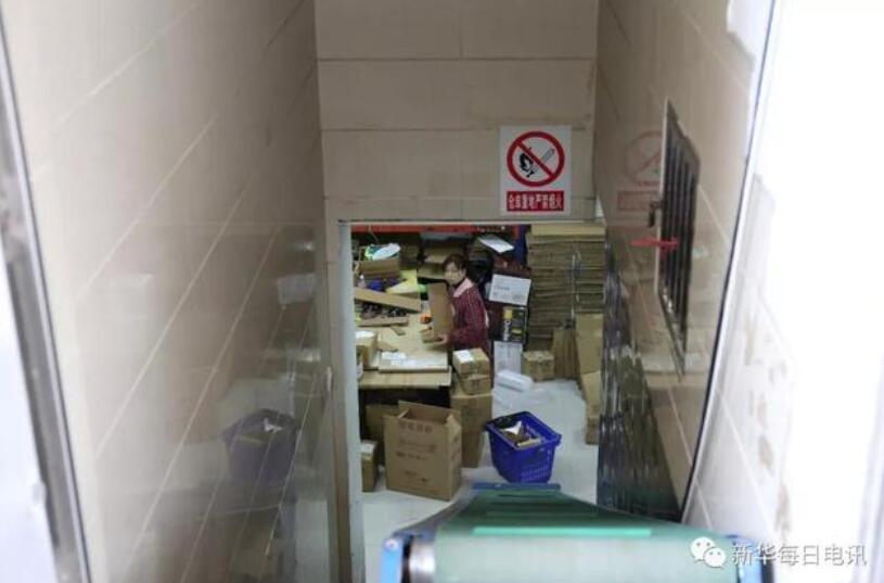 每10个义乌本地人就有1人有商铺,把货拿到义乌就不愁卖