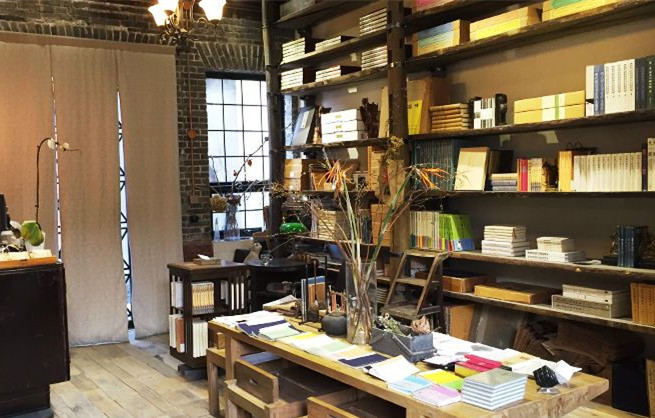 在杨梅竹斜街的这家书局里穿越回民国