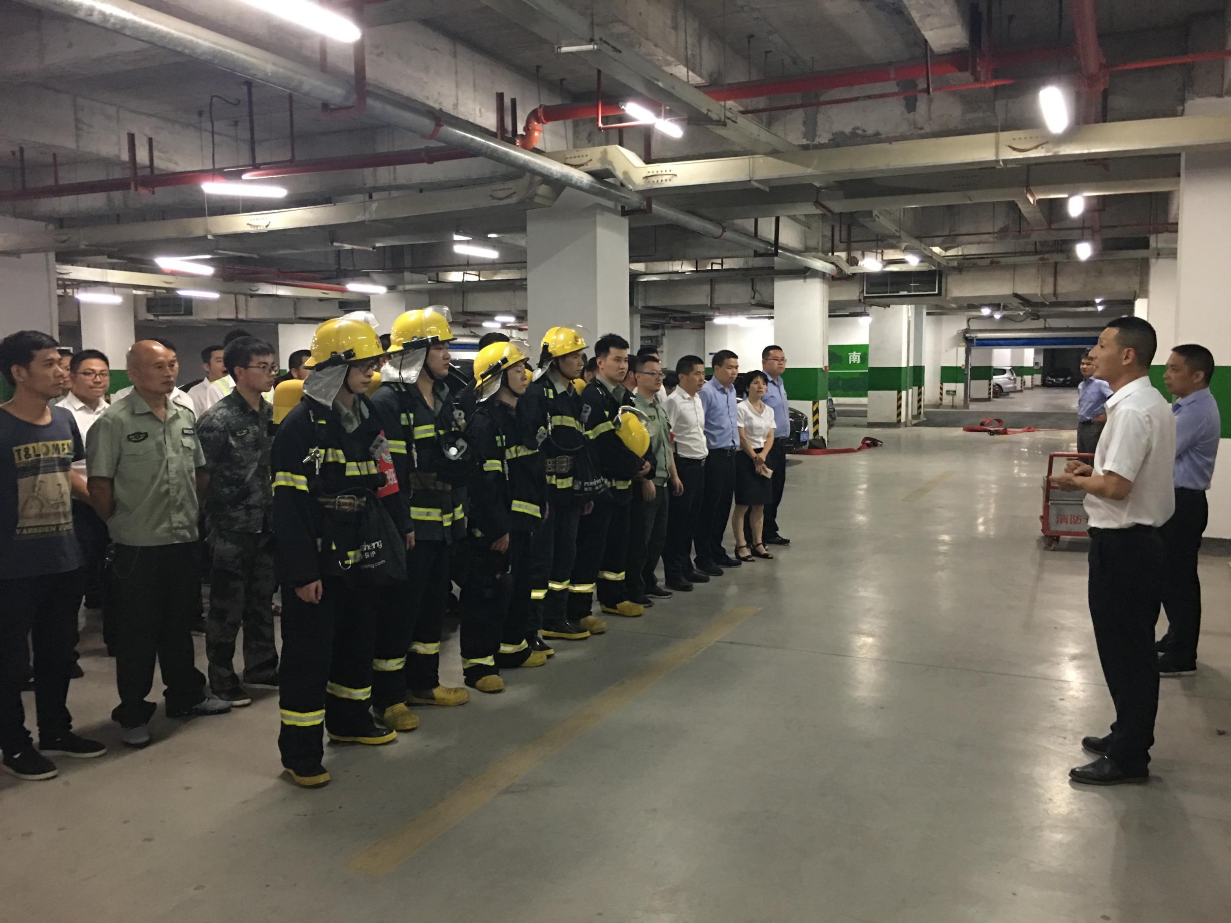 第八期  国际商贸城五区市场安保部朱刚毅经理谈消防安全责任制