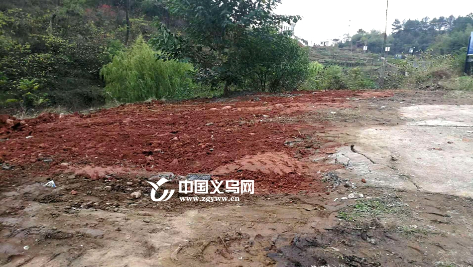 """后续   义乌岩口溪建筑垃圾正在""""回归原位"""" 水质逐步改善"""