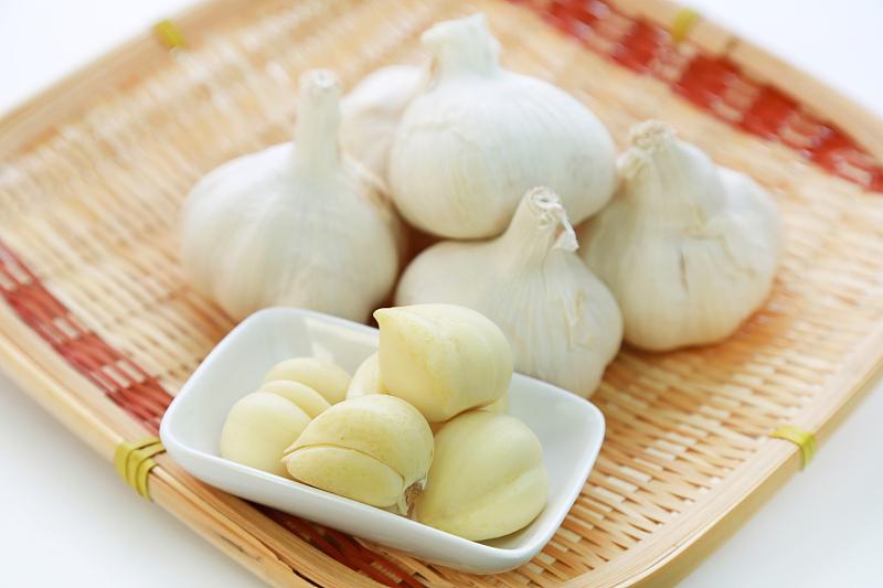 大蒜能治鼻炎,能检测地沟油?细数与大蒜有关的4个谣言