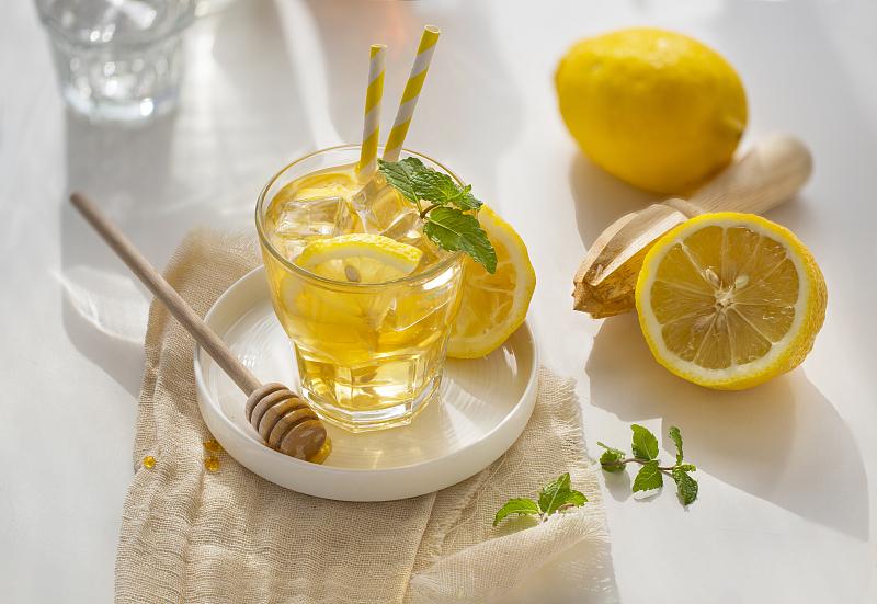 """热柠檬水能抗癌,神药上市了……对这些谣言说""""不"""""""