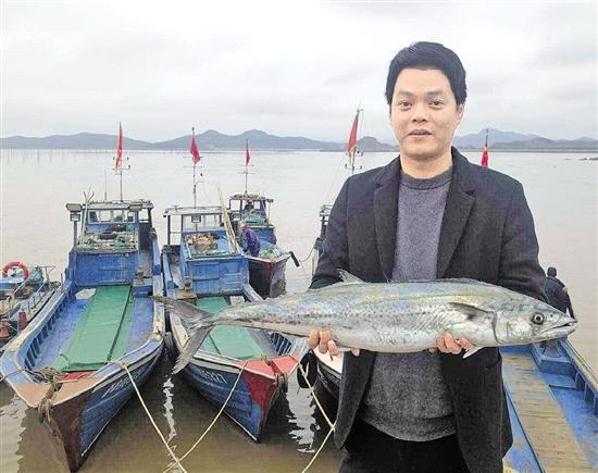一斤100元,这条鱼成新网红!带动周边火了一把