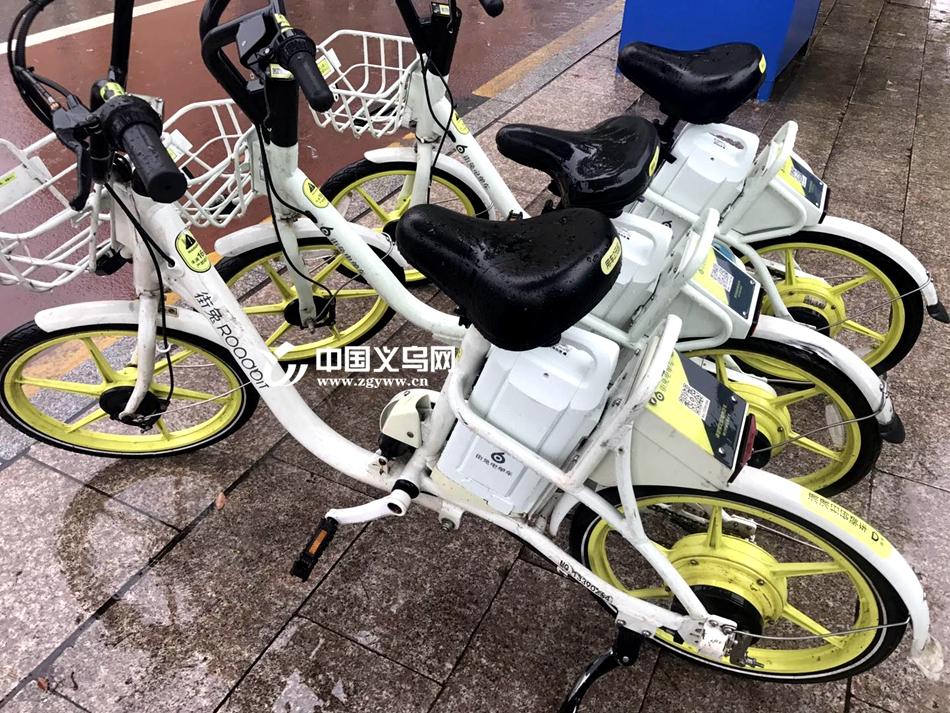 义乌出现无牌照的共享电单车 公司回应:最迟7月统一上牌