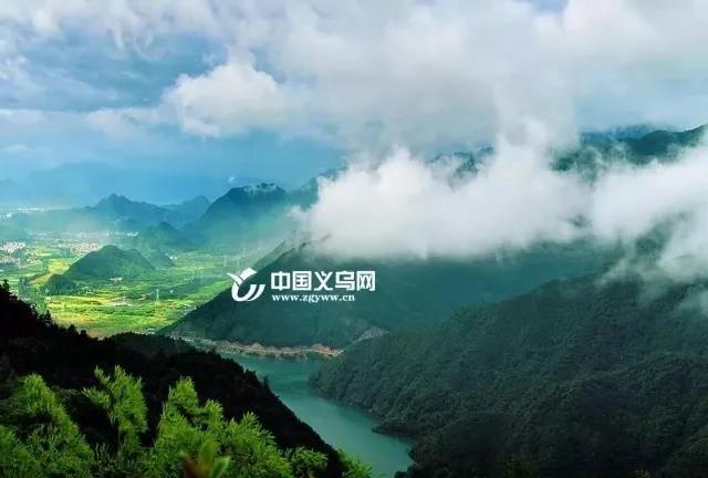 """红色旅游火爆 义乌国庆七天""""圈粉""""139.34万人次"""