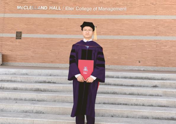 义乌27岁小伙成美国最年轻一批大学助教