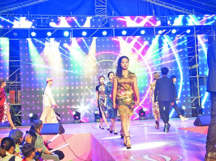 义乌:电商新时代 创模展风采
