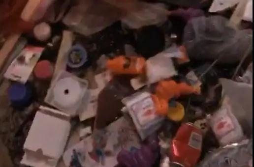 退租的房间成垃圾场 遇到这样的奇葩租客怎么办?