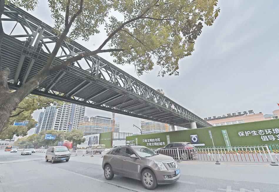 义乌:城中路新增一座天桥