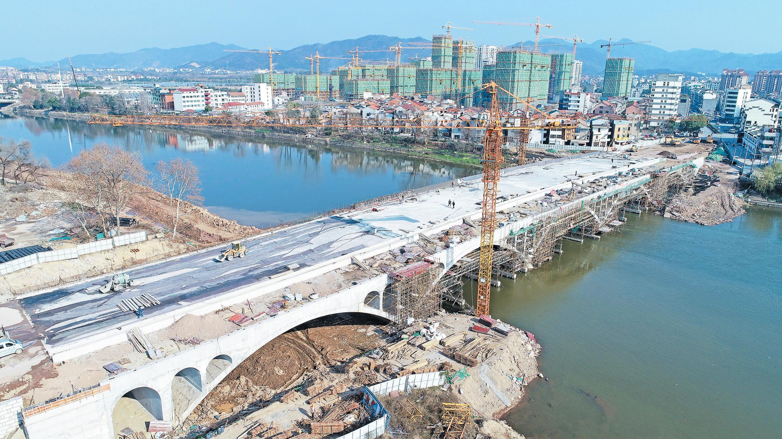 义乌伏虎桥春节前主体完工
