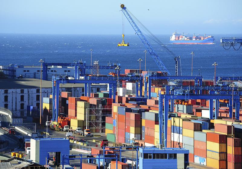 """2月以来外贸进出口额稳步提升 帮扶""""组合拳""""稳住外贸基本盘"""