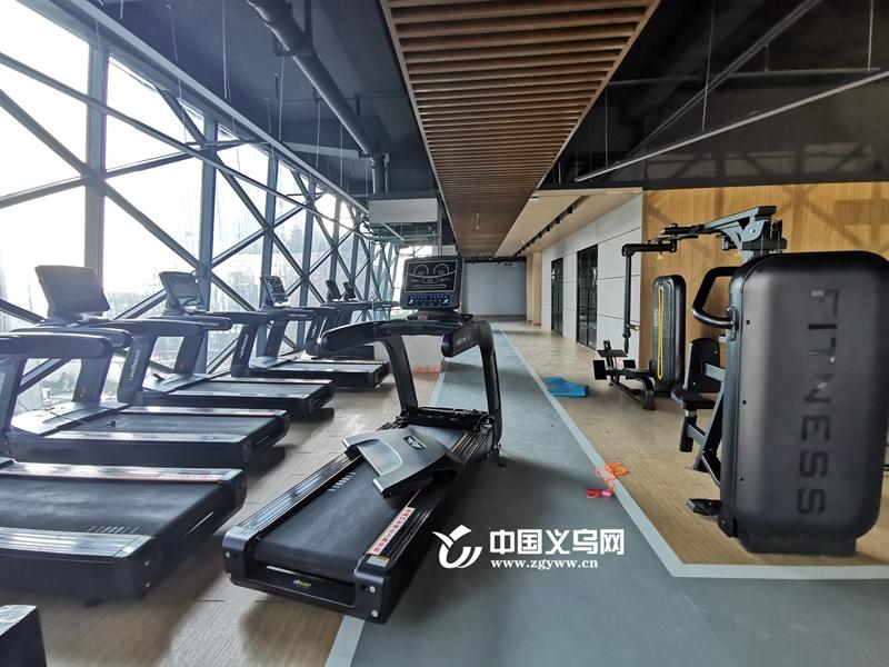 义乌一健身俱乐部突然关门 数百位会员退款遇阻 街道已介入