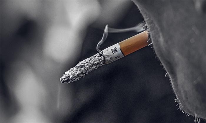 吸烟能预防新冠病毒感染?吃芹菜可降血压?都是假的