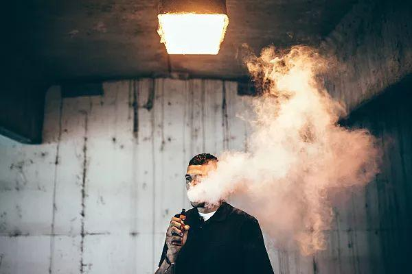电子烟——健康的香烟替代品?想多了!